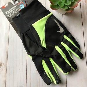 Nike Women's Storm Fit 2.0 Run Gloves